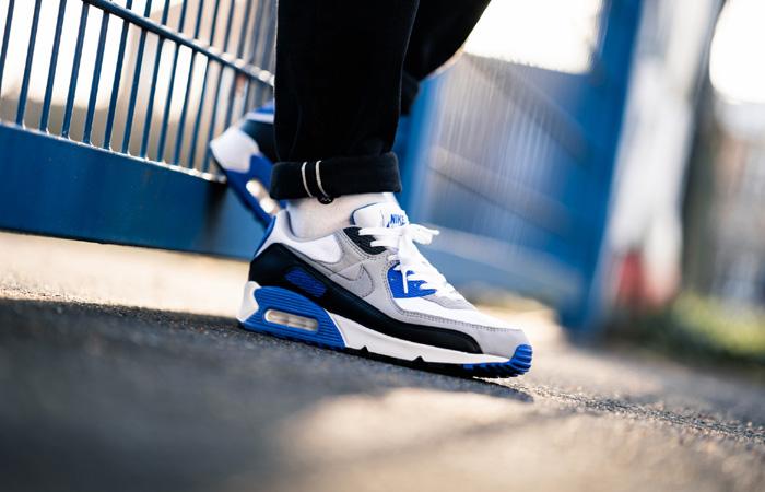 Nike Air Max 90 Grey Royal Blue CD0881-102 on foot 01