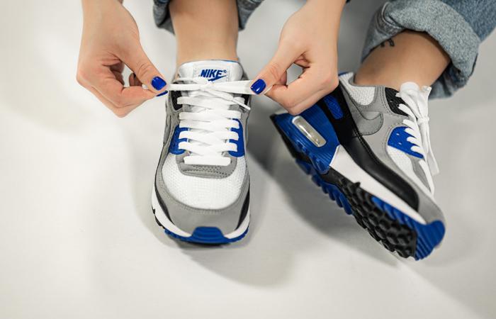 Nike Air Max 90 Grey Royal Blue CD0881-102 on foot 02