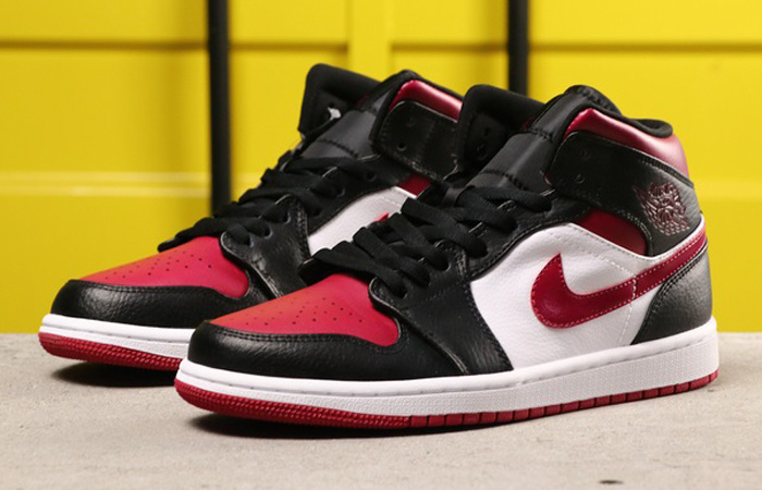 Nike Jordan 1 Mid Bred Toe 554724-066 03