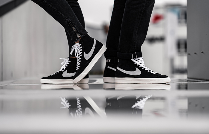 Nike Blazer Mid 77 Black Suede White CW2371-001 on foot 01
