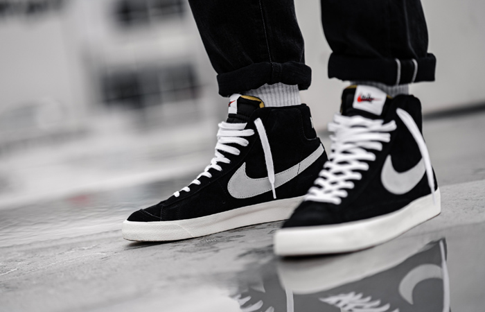 Nike Blazer Mid 77 Black Suede White CW2371-001 on foot 02