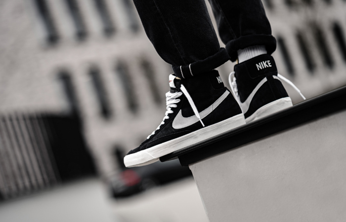 Nike Blazer Mid 77 Black Suede White CW2371-001 on foot 03