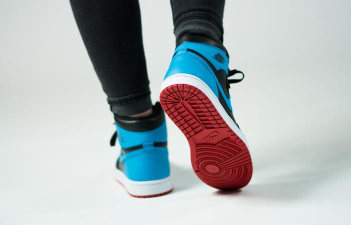 Nike Womens Air Jordan 1 High OG UNC TO CHICAGO Black CD0461-046 on foot 03