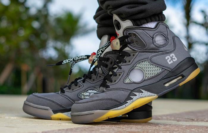 Off-White Nike Jordan 5 Ash CT8480-001 on foot 01