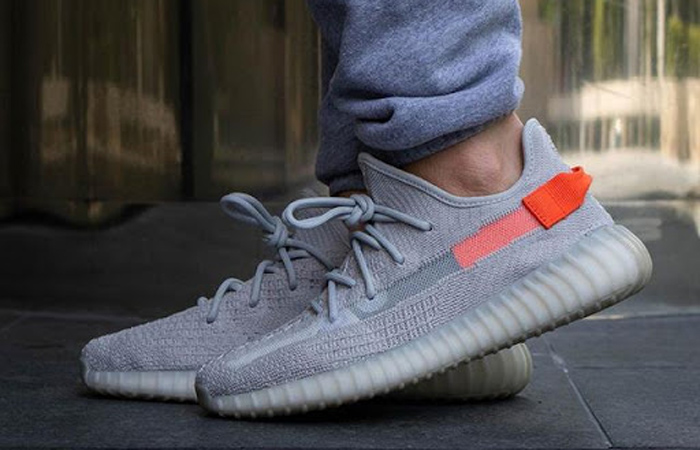adidas Yeezy Boost 350 V2 Tail Light FX9017 on foot 01