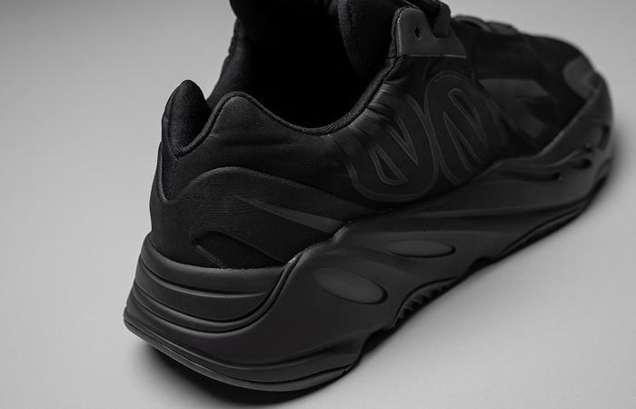 adidas Yeezy Boost 700 MNVN Core Black FV4440 08