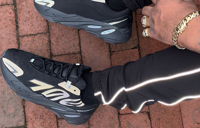 adidas Yeezy Boost 700 MNVN Core Black FV4440 on foot 01