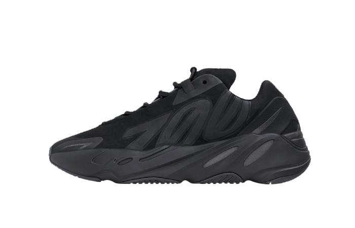 adidas Yeezy Boost MNVN Core Black FV4440 01