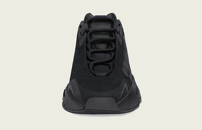 adidas Yeezy Boost MNVN Core Black FV4440 04