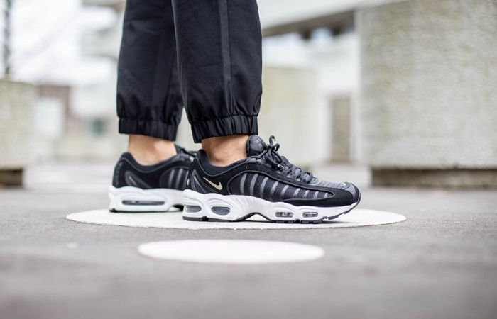 Get 20% off On Nike Air Max Tailwind 4 By Using The Special CODE At Footshop! ft