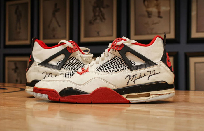The Nike Air Jordan 4 OG Fire Red Could Be Returning On Black Friday ft
