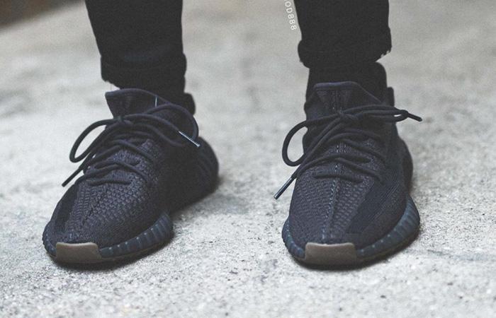 adidas Yeezy Boost 350 V2 Cinder FY2903 on foot 02