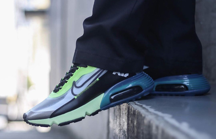 Nike Air Max 2090 Blue Lime Volt BV9977-101 on foot 01