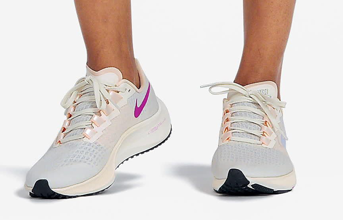 Nike Air Zoom Pegasus 37 Bone White BQ9647-102 on foot 01