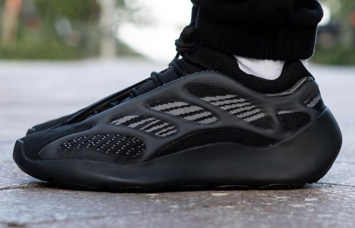 The adidas Yeezy 700 V3 Alvah Dropping This Week! ft