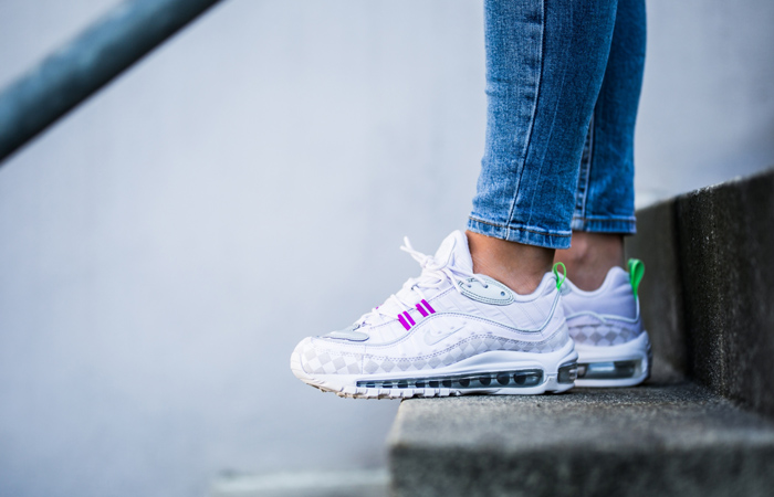 Few Hot Sneakers That Are Unmissable With Amazing Discount Prices! ft