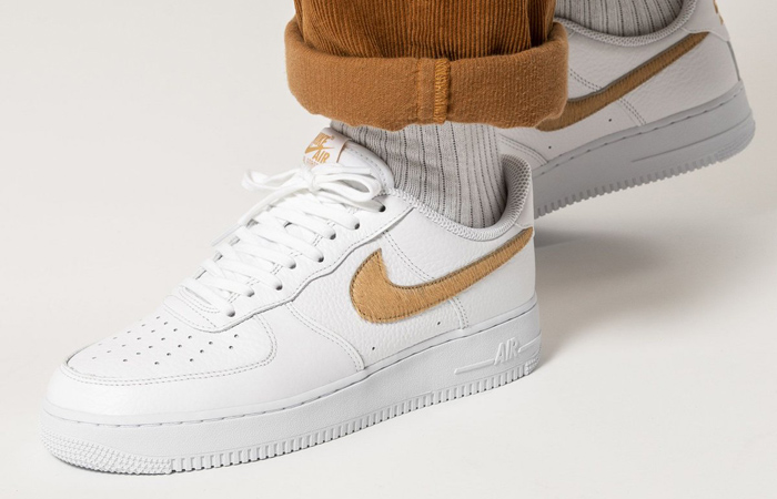 Nike Air Force 1 LV8 White Nut Brown CW7567-101 on foot 01