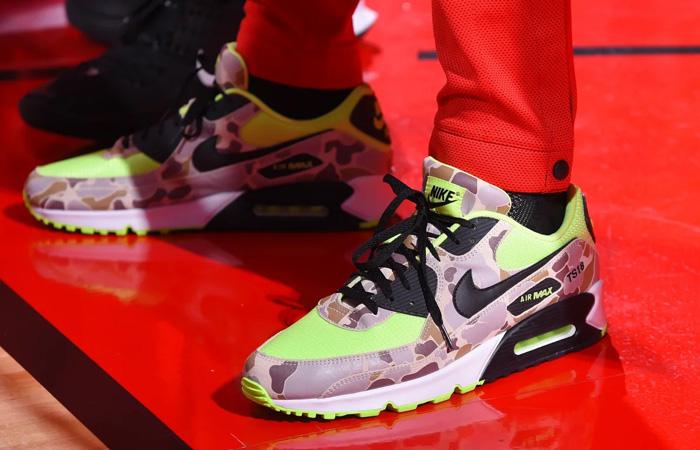 Nike Air Max 90 Duck Camo Green Volt CW4039-300 on foot 01