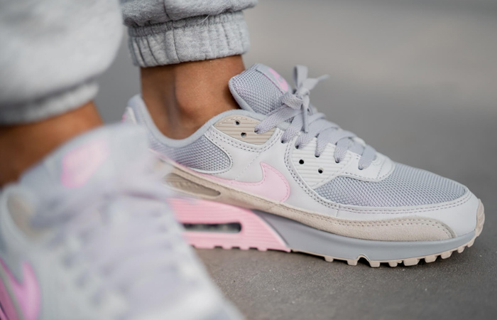 Nike Air Max 90 Wolf Grey Pink CW7483-001 on foot 02