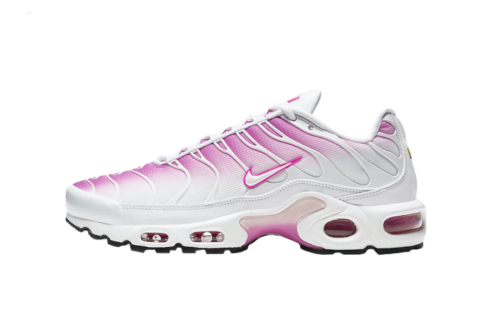 Nike Air Max Plus Tuned 1 Crimson White CZ7931-100 01