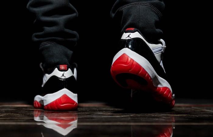 Nike Jordan 11 Low Concord Bred AV2187-160 on foot 03