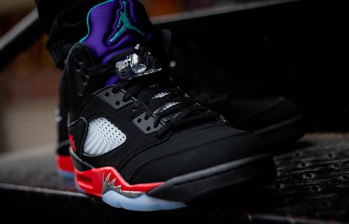 Nike Air Jordan 5 SE Black CZ1786-001 on foot 02