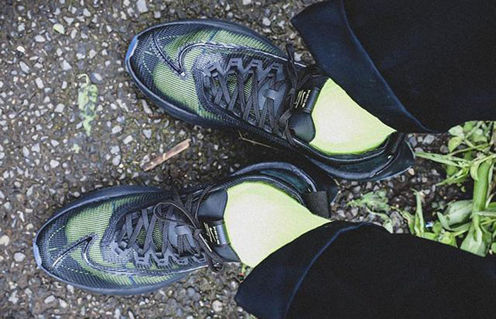 Nike Zoom Double Stacked Black Volt CI0804-001 on foot 01