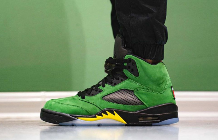 On Foot Clicks Of Nike Air Jordan 5 Oregon Ducks! ft