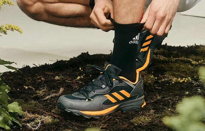 adidas Response Hoverturf GF6100AM Gardening Club 3.0 Carbon FX4151 on foot 01
