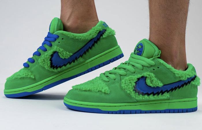 Grateful Dead Nike SB Dunk Low QS Green CJ5378-300 on foot 01