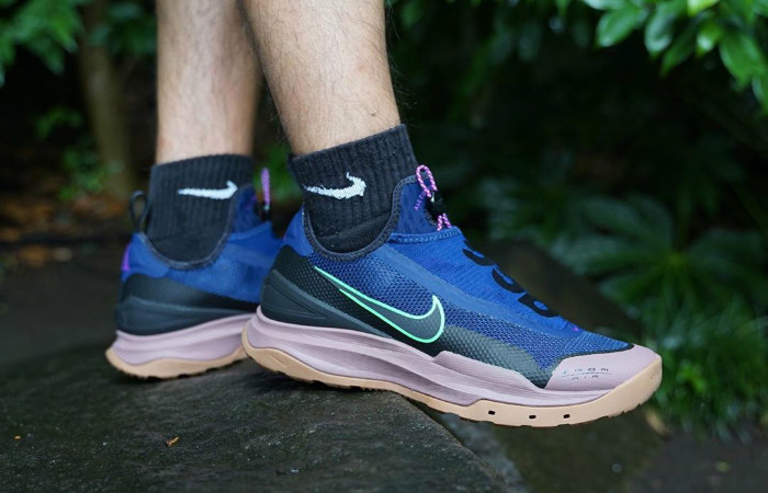 Nike ACG Zoom Air AO Blue Void CT2898-401 on foot 01