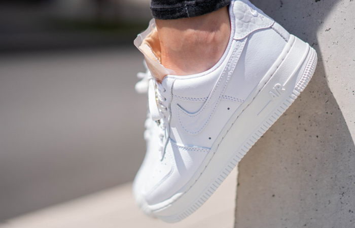 Nike Air Force 1 07 LX Low White Onyx CZ8101-100 on foot 02