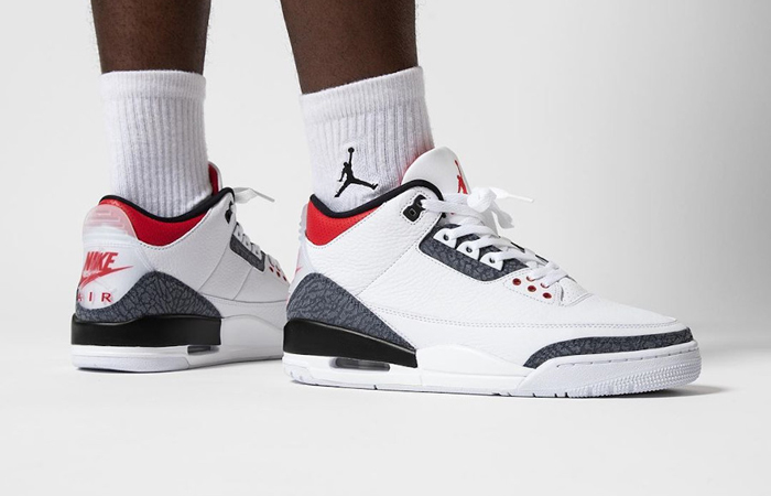 Nike Jordan 3 Japanese Denim White CZ6431-100 on foot 01