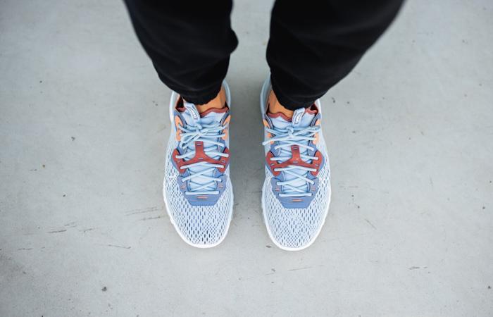 Nike React Vision Light Denim Blue CD4373-401 on foot 02