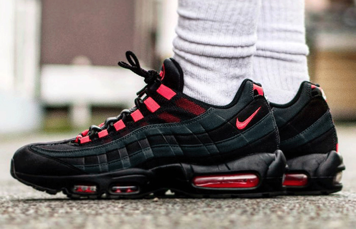 "The Nike Air Max 95 Features ""Anthracite Red"" Colour! ft"