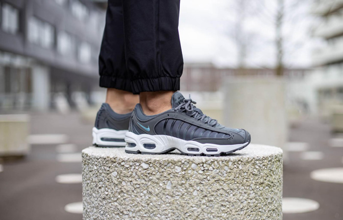 You Can Get Upto 50% Off On These Hit Sneakers At Footasylum! ft