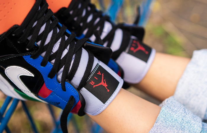 Jordan 1 Mid Womens Patent Multi CV5276-001 on foot 02