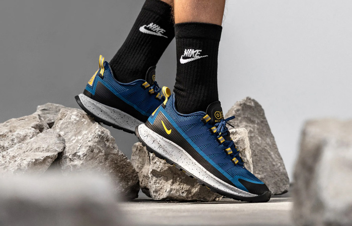 https://fastsole.co.uk/wp-content/uploads/2020/08/Nike-ACG-Air-Nasu-Hyper-Royal-Blue-CV1779-401-on-foot-01.jpg