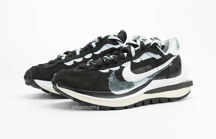 Sacai Nike Vaporwaffle Black White CV1363-001 02