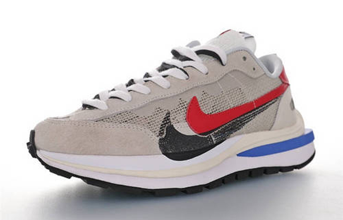 Sacai Nike Vaporwaffle Game Royal CV1363-100 02