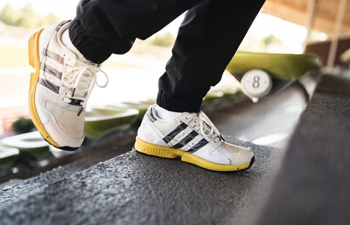 adidas ZX 8000 Superstar Stone White FW6092 on foot 01