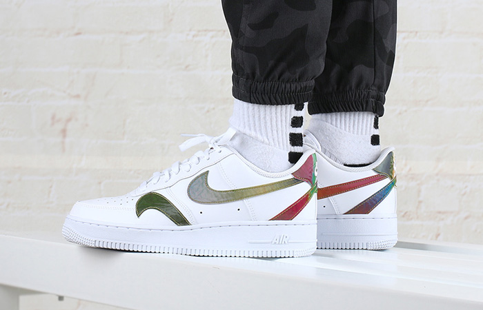 8 Hottest Recent Released Sneakers Which Are Available With Few Stores f