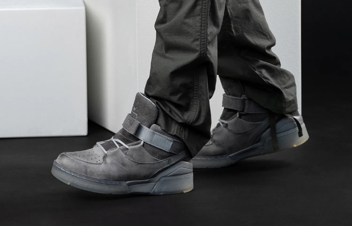 A Cold Wall Converse ERX 260 Mid Grey 168176C on foot 02
