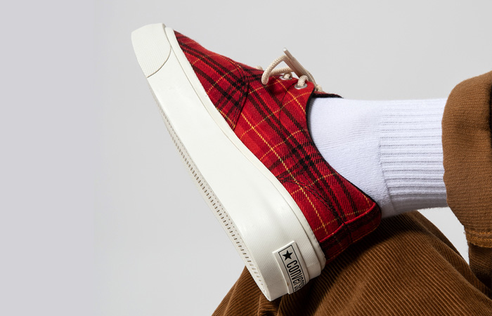 Converse Skidgrip OX Twisted Plaid Red 169219C on foot 03