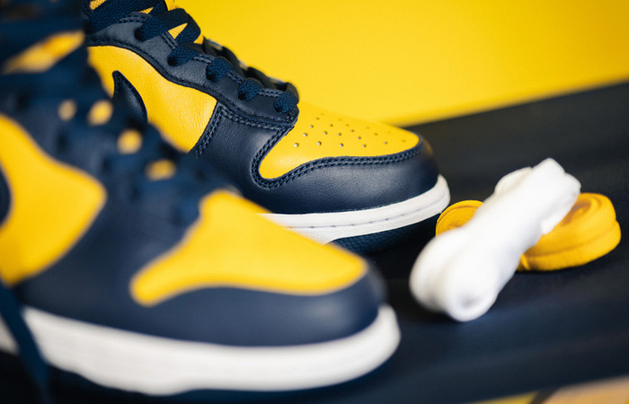 Nike Dunk High Versity Maze CZ8149-700 08