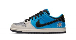 Official Look At The Instant Skateboards Nike SB Dunk Low 01