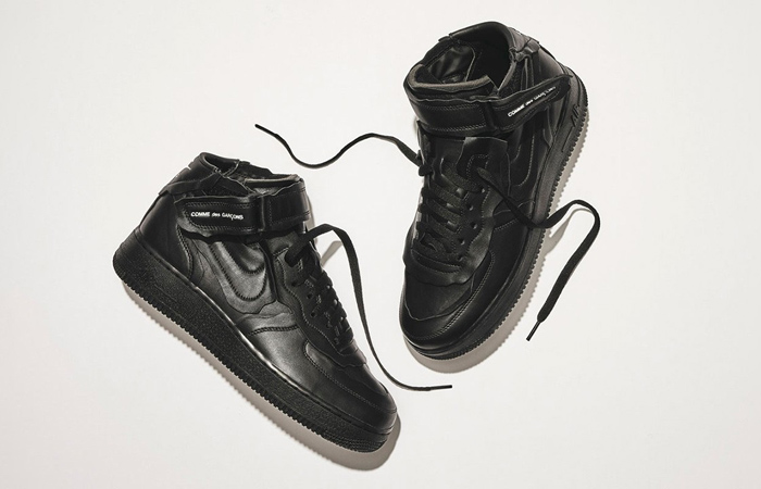 COMME des GARÇONS And Nike Air Force 1 Black Receives A Leather Texture! f