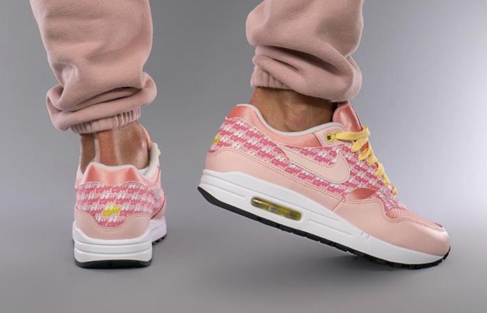 Nike Air Max 1 Strawberry Lemonade CJ0609-600 on foot 03