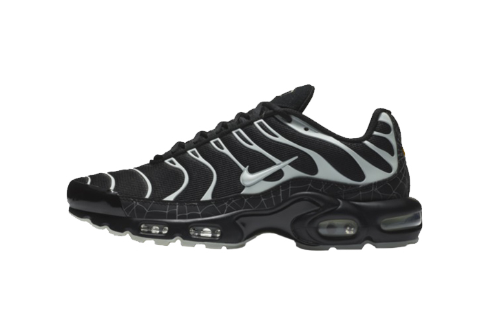 Nike Air Max Plus Halloween DD4004-001 01