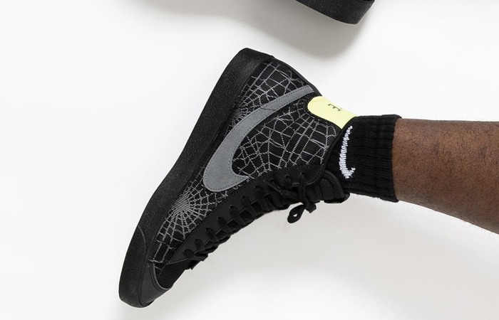 Nike Blazer Mid 77 Halloween DC1929-001 on foot 02